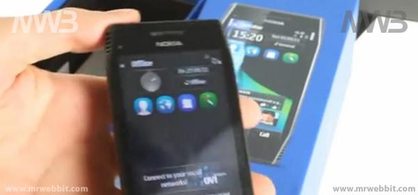 Nokia X7 contenuto della confezione