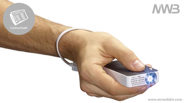 proiettore per smartphone piccolo da tenere in mano